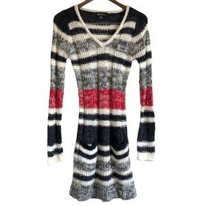 SEDUCTIONS SIRENS V Neck Striped Knit Mini Dress